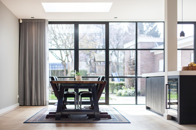 Verbouwing Nijmegen jaren 30 woning Architect leefkeuken uitbouw