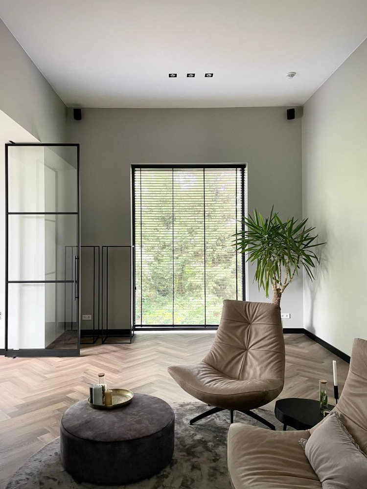 verbouwing villa Nijmegen moderne televisiekamer