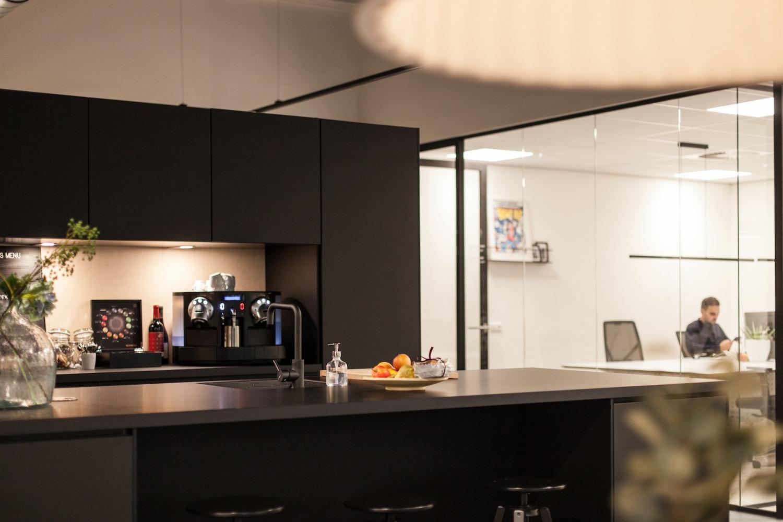 Moderne pantry door interieurarchitect